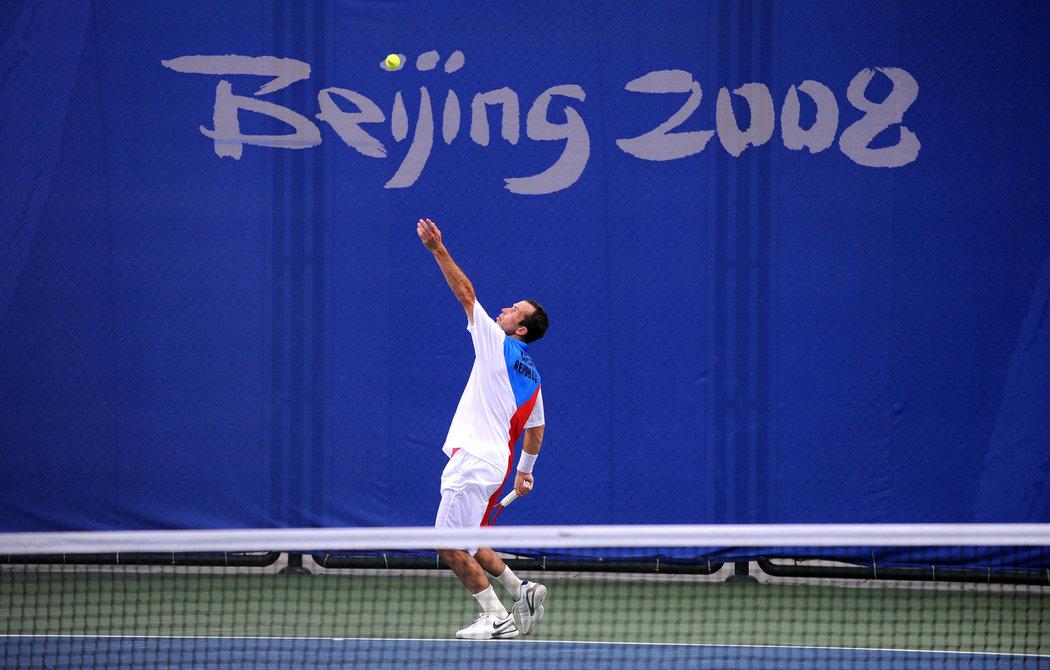 Radek Štěpánek ve vlajkovém dresu na olympiádě v Pekingu