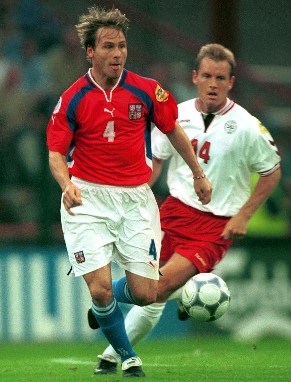 2000. Druhá účast na EURO - Pavel Nedvěd při posledním zápase na turnaji proti Dánsku.