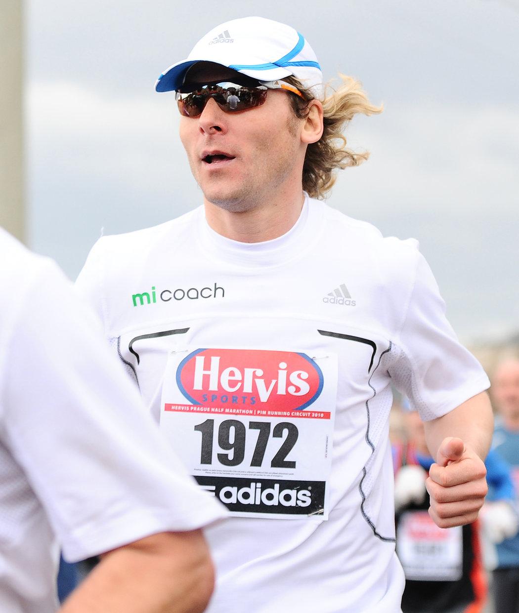 2010. Po hráčské kariéře si zkusil Pavel Nedvěd půlmaraton v Praze.