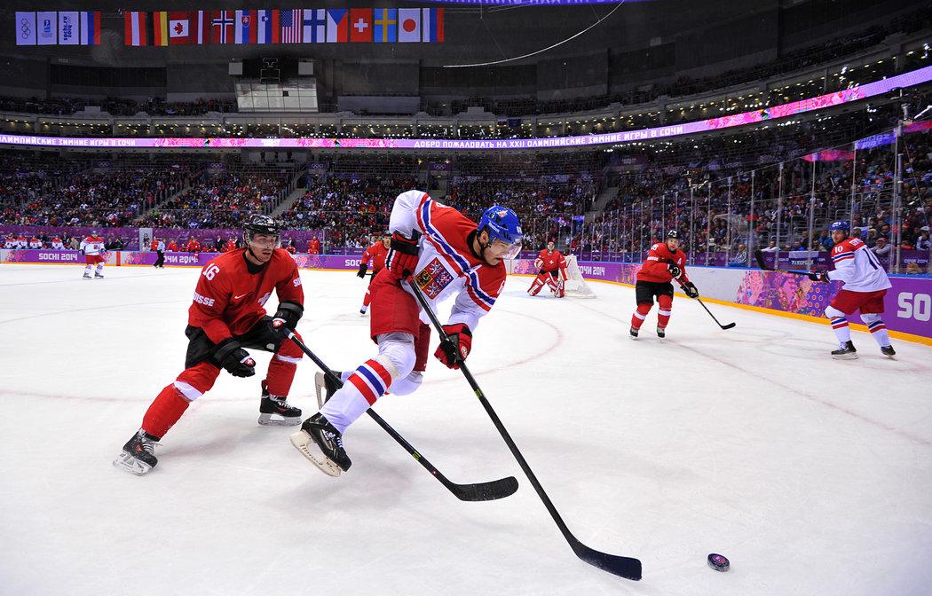 Jaromír Jágr při zápase proti Švýcarsku na olympiádě v Soči