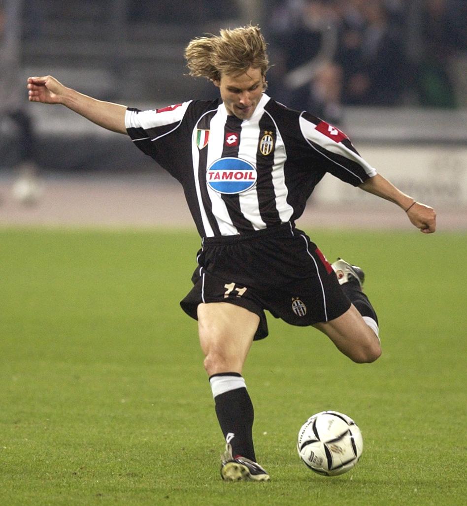 V roce 2003 pomohl Pavel Nedvěd brankou skolit Real Madrid a Juventus postoupil do finále Ligy mistrů. Kvůli třetí žluté kartě si jej však český záložník nezahrál