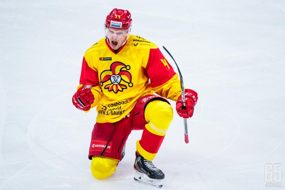 Do Toronta má namířeno finský obránce Mikko Lehtonen, jeden z nejlepších zadáků minulé sezony KHL