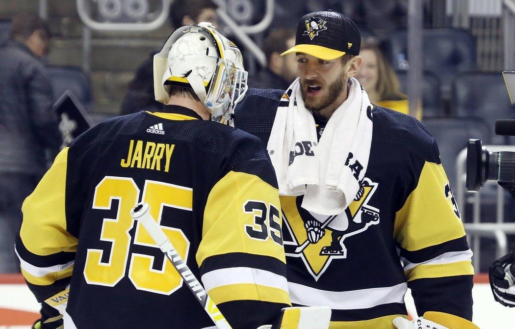 Oběma současným gólmanům Pittsburghu končí po této sezoně smlouva a vedení pravděpodobně bude muset vsadit buď na Matta Murrayho, nebo Tristana Jarryho.