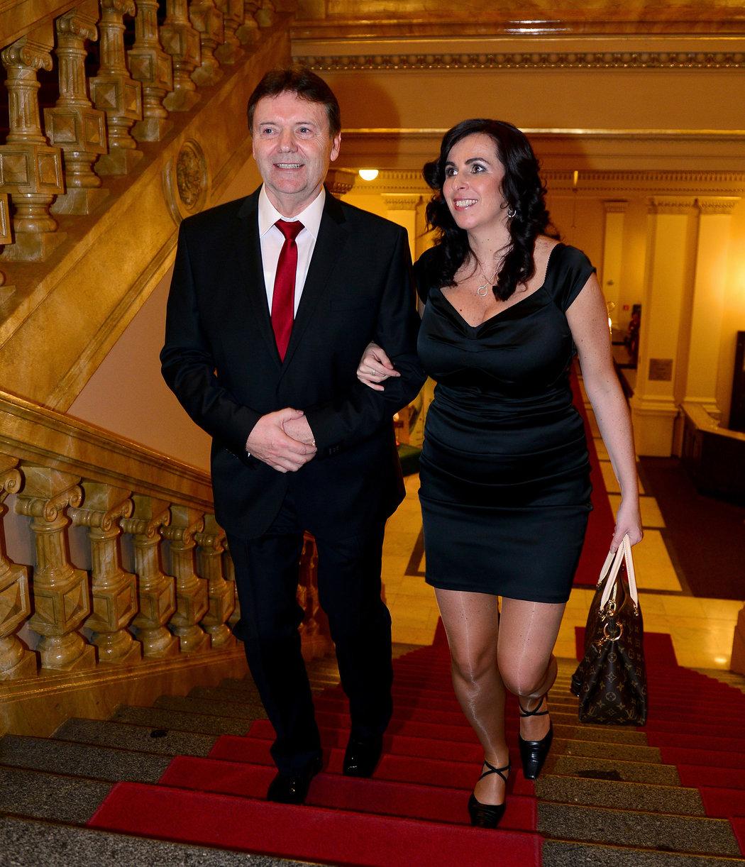 2014. Dagmar Damková už jako přiznaná partnerka Romana Berbra na vyhlášení Fotbalisty roku...