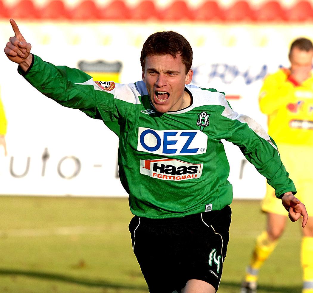 2006. Radost Davida Lafata po úvodním gólu Jablonce v utkání na hřišti Příbrami, které nakonec skončilo 2:2