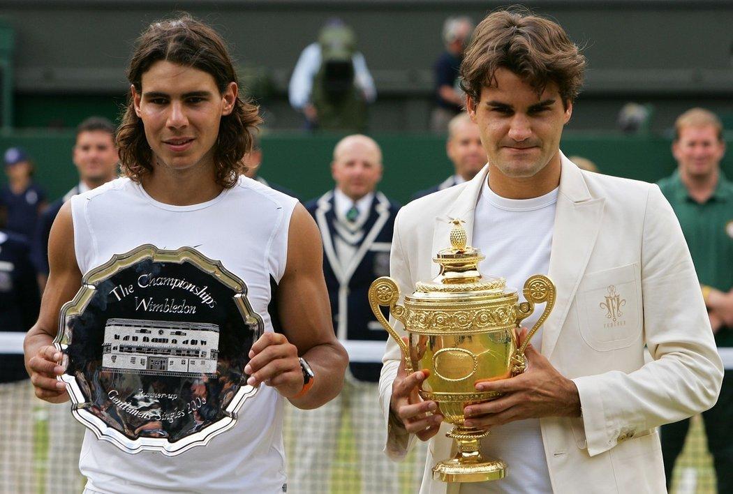 2006 - Federer se ve finále Wimbledonu poprvé a úspěšně utkal s Rafaelem Nadalem