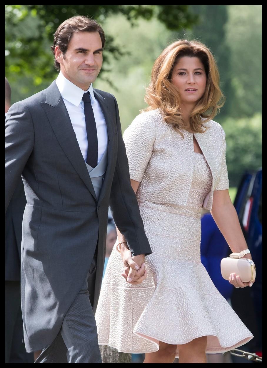 2020 - Federer se svou ženou Mirkou v březnu 2020, kdy přes svou nadaci věnovali jeden milion eur na boj s koronavirem