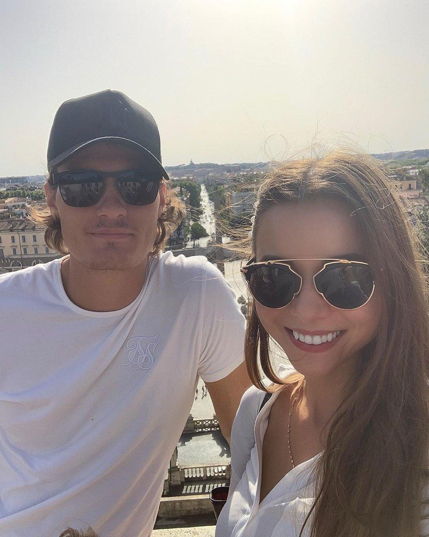 Okouzlující brunetka Hana Běhounková se provdala za dlouholetého partnera Patrika Schicka!