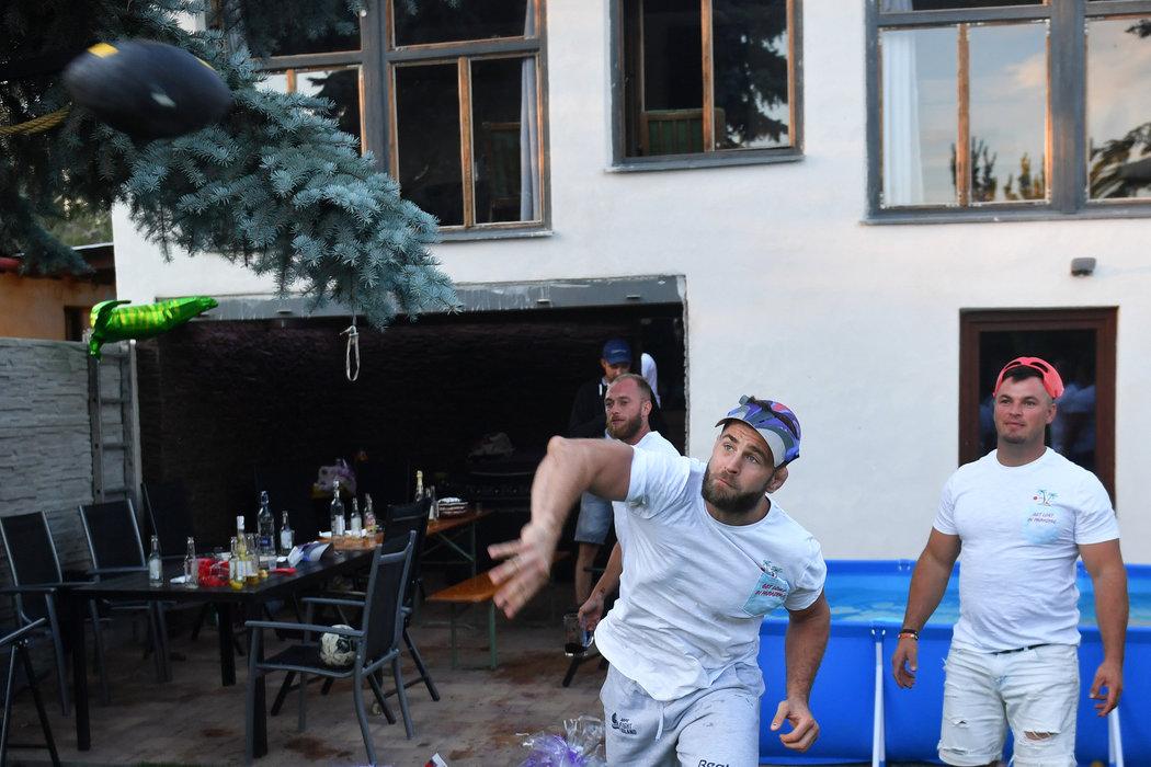 Na oslavě Jiřího Procházky bylo živo.