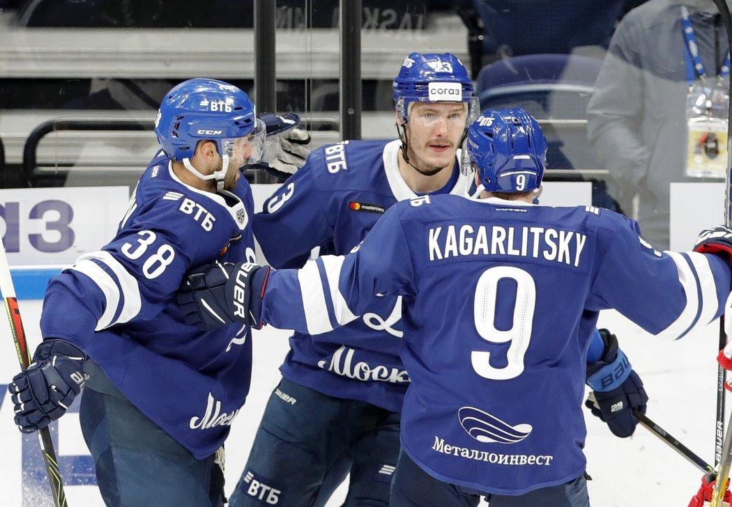 Dmitrij Jaškin se prosadil podruhé v sezoně KHL, Dynamo Moskva poprvé vyhrálo