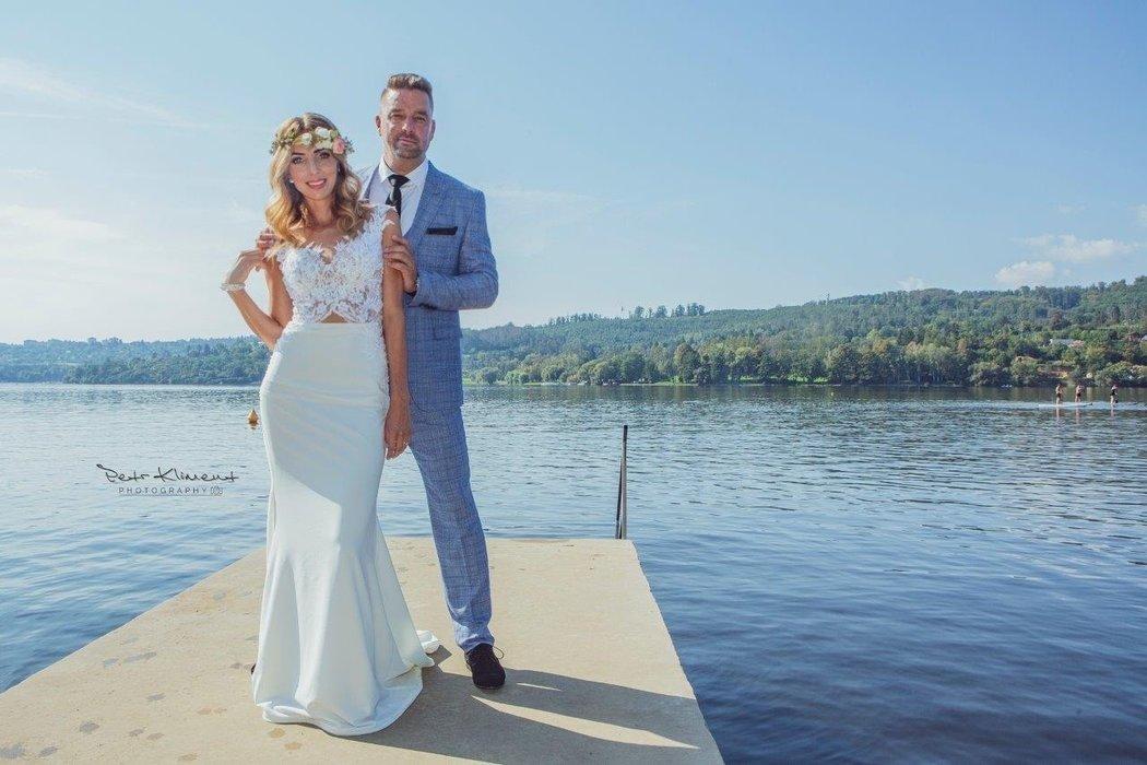 Svatební fotografie Petra Švancary a jeho ženy Kamily