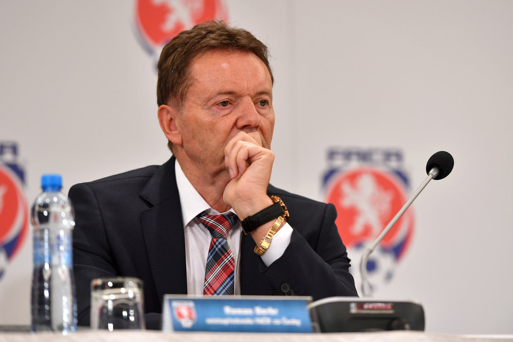 Místopředseda FAČR Roman Berbr je v problémech