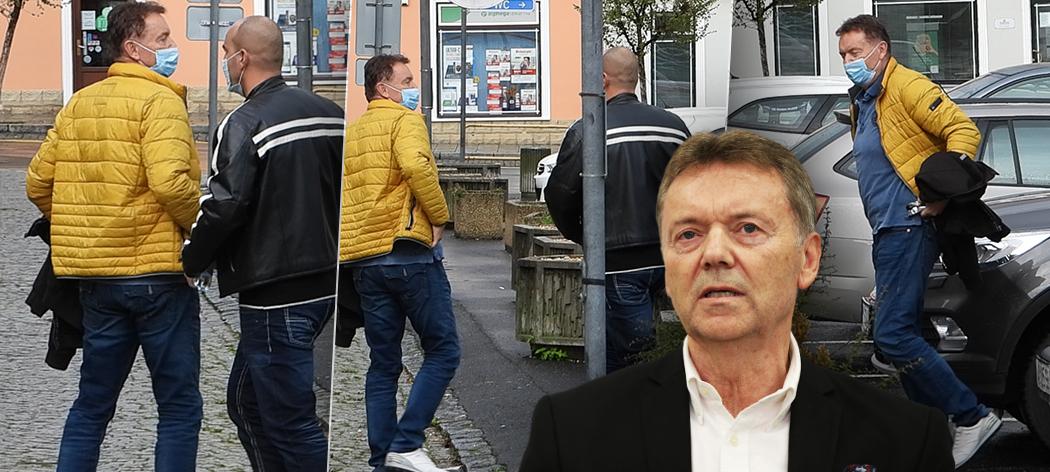 Roman Berbr v péči policejní eskorty.