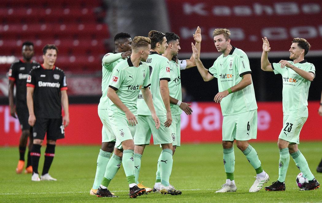 Momentka z utkání Bayer 04 Leverkusen versus Borussia Mönchengladbach.