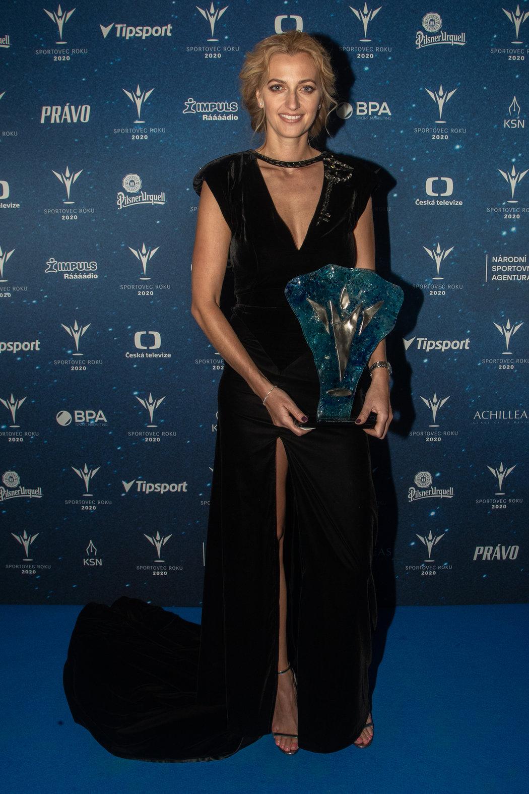 Petr Kvitová si přišla pro cenu za páté místo