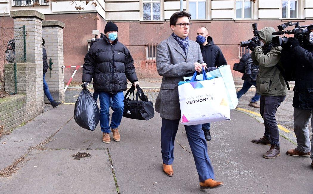 Bývalý místopředseda FAČR Roman Berbr krátce poté, co byl propuštěný z vazební věznice v Praze na Pankráci