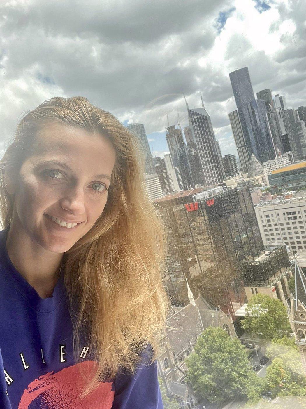 Petra Kvitová zdraví fanoušky z izolace v Melbourne
