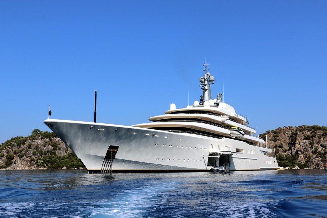 Předchozí jachta ruského miliardáře Romana Abramoviče.