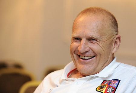 O Jaroslava Hřebíka měl zájem Miroslav Pelta, kouč mohl vystřídat u reprezentace Michala Bílka