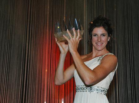 Zuzana Hejnová pózuje s korunou pro Sportovce roku