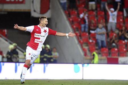 Útočník Slavie Milan Škoda se raduje, dvěma trefami pomohl červenobílým k výhře v 3. kole Synot ligy nad Libercem 4:1.