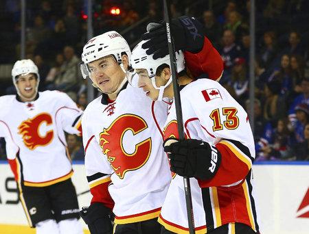 Jiří Hudler je s devíti body druhým nejproduktivnějším hráčem Flames.