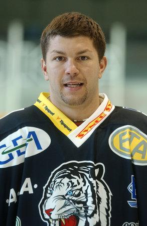 Hokejista Liberce Pavel Kábrt si vzal život ve 24 letech.