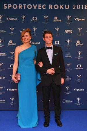 Gabriela Soukalová (vlevo) s Jaroslavem Šmédkem