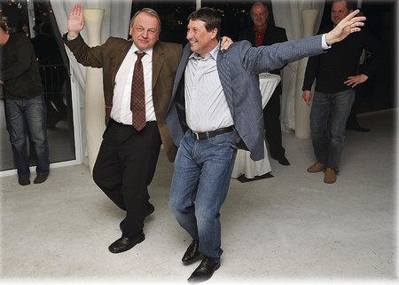 Lidovecký taneček v podání lobbisty Jindry a Kasala