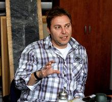 Těžkej Pokondr, neboli Miloš Pokorný a Roman Ondráček, při rozhovoru pro Sport