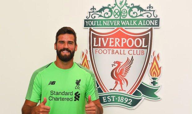 Alisson, nejdražší brankář v historii, nyní patří Liverpoolu