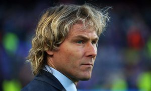 Pavel Nedvěd rozhodně není na odchodu z Juventusu. Důrazně se ohradil!