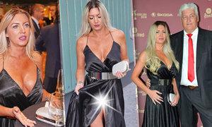 Přítelkyně Miloše Říhy Soňa si v sexy šatech vyrazila na vyhlášení ankety Zlatá hokejka