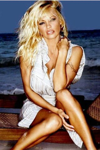 Sexbomba Pamela Anderson pustila k vodě mistra světa: Lekla se a byl konec!