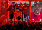 Liverpool ve velkém rozjel mistrovské oslavy, kouč Klopp se dojal v televizním rozhovoru