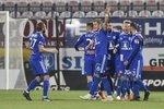 Fotbalisté Olomouce slaví druhý gól do sítě Zlína v osmifinále tuzemského poháru