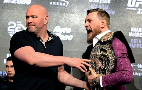 Šéf UFC Dana White a jedna z hlavních hvězd MMA, Conor McGregor