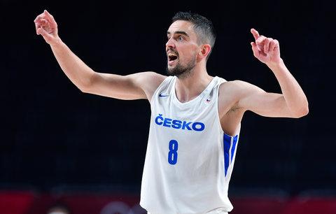 Čeští basketbalisté prohráli důležitı zápas s Francií o 20 bodů