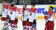 Smutní čeští hokejisté po porážce s Finskem: (zleva) Michal Jordán, Tomáš Hertl, Ondřej Němec, Jan Kovář a Jan Kolář
