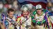 Zleva Rune Holta z Polska obsadil druhé místo, vítěz Václav Milík z Česka a Max Fricke z Austrálie, který skončil na třetím místě