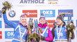 Markéta Davidová s medailí za triumf ve sprintu SP v Anterselvě