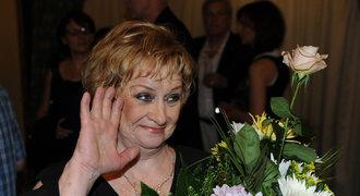 Ohlasy na úmrtí Čáslavské: Úspěchy zůstanou v myslích, napsal Zeman