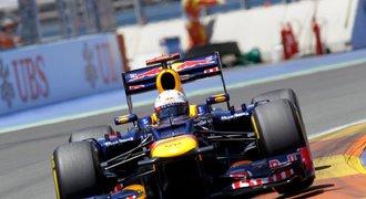 Pomohl Vettelovi podvod? Šampion F1 může přijít o titul
