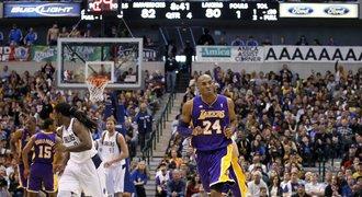 Bryant dovedl 38 body Lakers k důležité výhře v Dallasu