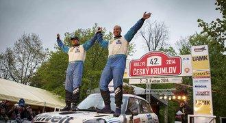 Deštivou Rallye Český Krumlov ovládl Pech, Kopecký havaroval