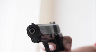 Za červenou SMRT! Vyloučený fotbalista zastřelil rozhodčího hned na hřišti
