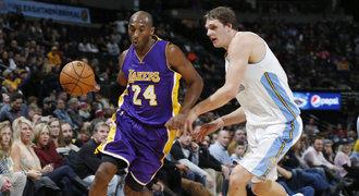 Odpočinutý Bryant skvělým výkonem dovedl Lakers k výhře