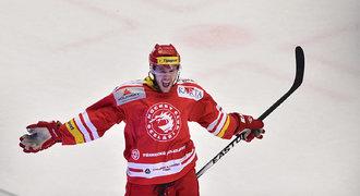 Třinec přišel o oporu obrany, Roth přestoupil do Novosibirsku
