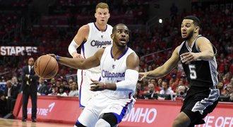 Clippers na úvod play off NBA jasně přehráli obhájce titulu Spurs