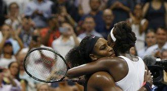 Rodinnou bitvu ovládla Serena! Semifinále čeká i na Djokoviče